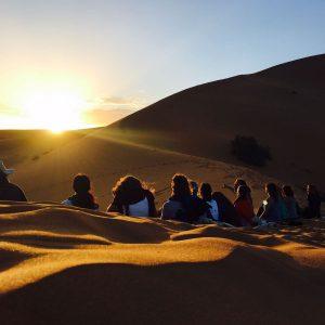 dagmar-spremberg-yoga-morocco-dunes