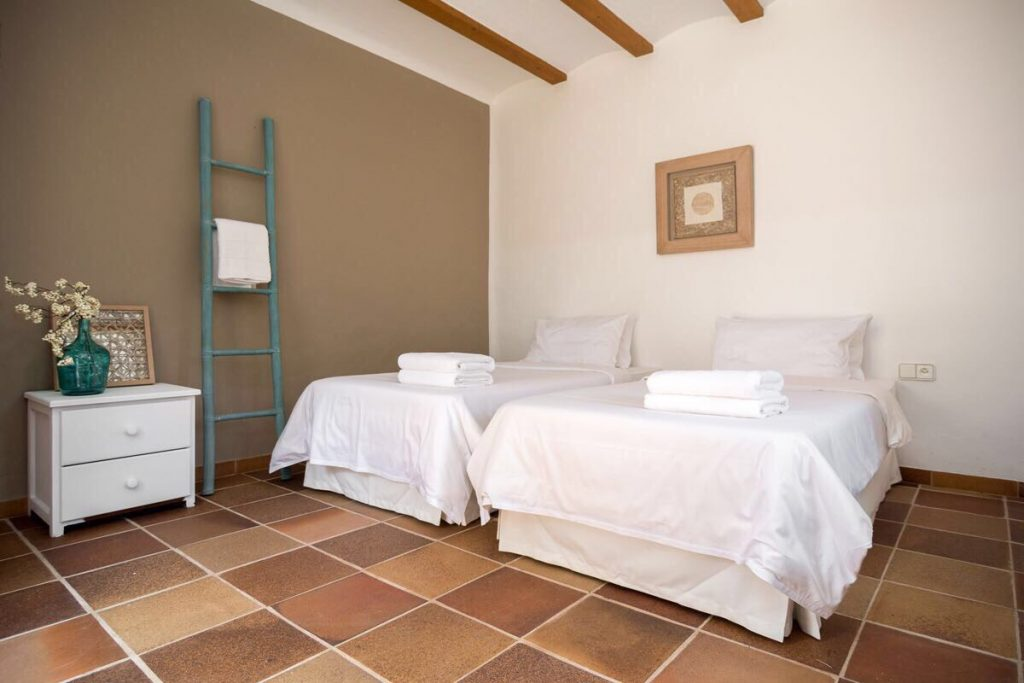 ibiza yoga retreat bedroom